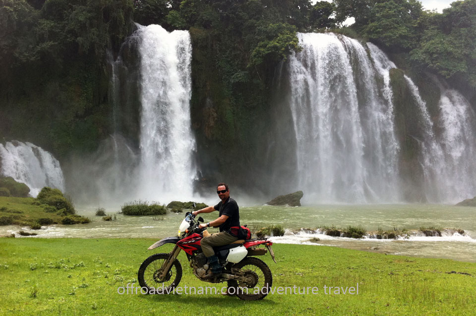 Vietnam Motorbike Motorcycle Tours - Hanoi Motorbike Tour. Cao Bang motorbike tour. North Vietnam motorcycle tour, motorbike tour, scooter holiday
