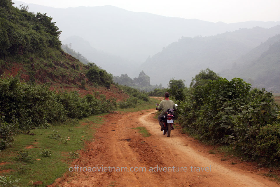 Vietnam Motorbike Motorcycle Tours - Great North Loop Of Vietnam By Motorcycle: Dirt biking through North Vietnam. Great North Loop